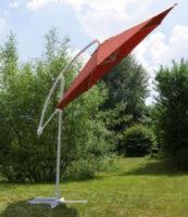 Oranžový naklápěcí zahradní slunečník s boční nohou průměr 3 metry