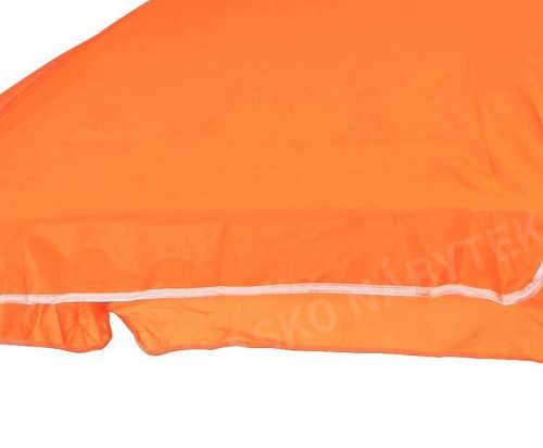 oranžový slunečník do exteriéru