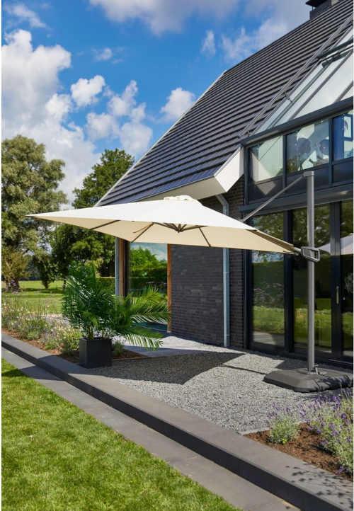 moderní čtvercový lampový slunečník